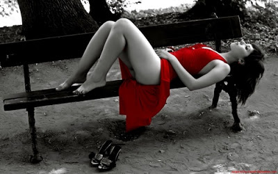romance-varios-cute-bw-women-sensual-art-photography-MORENNA-erotika-beauty-favoriler-nice-My-Fav-Hot-Girls-legs-red-dress-on-parkbench-Sexy_large